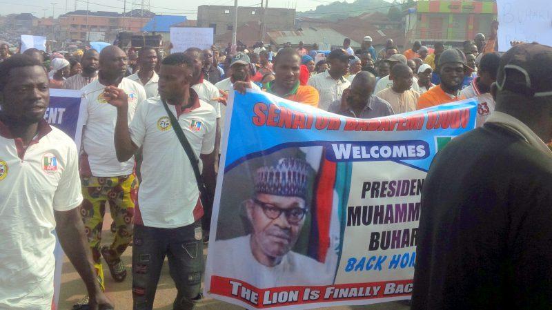 Hundreds rally, celebrate Buhari's return in Ekiti, taunt Fayose